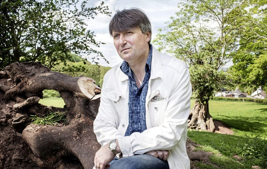 Poet Simon Armitage on upcoming 'pilgrimage' to Seamus Heaney country