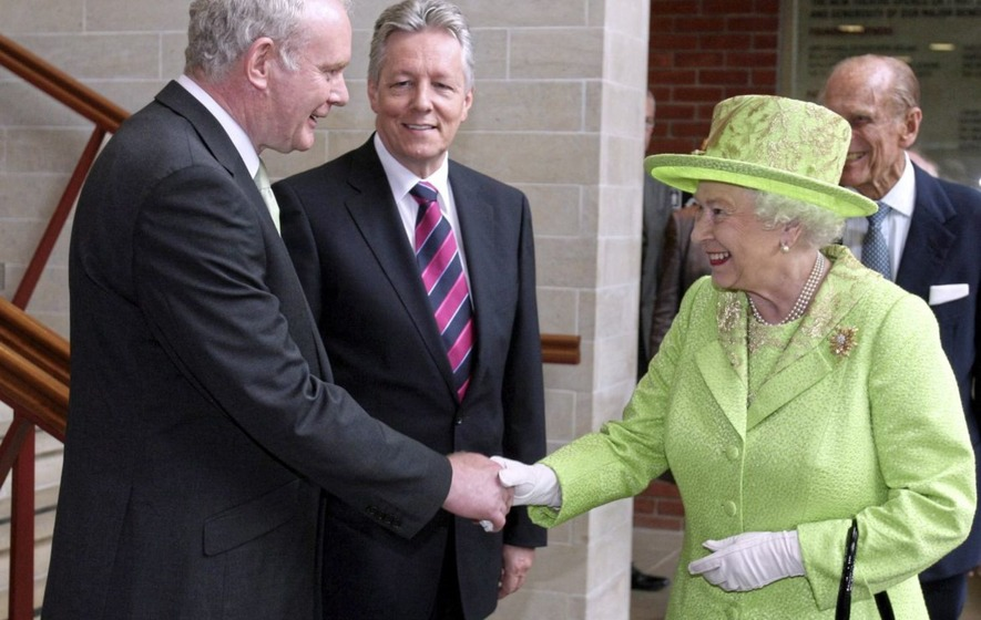 British government praise McGuinness's role in bringing peace