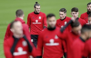 Republic of Ireland assistant manager Roy Keane says stopping Wales's Gareth Bale is 'easier said than done'