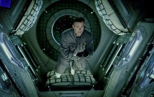 Alien meets Gravity: Life is a formulaic yet entertaining sci fi