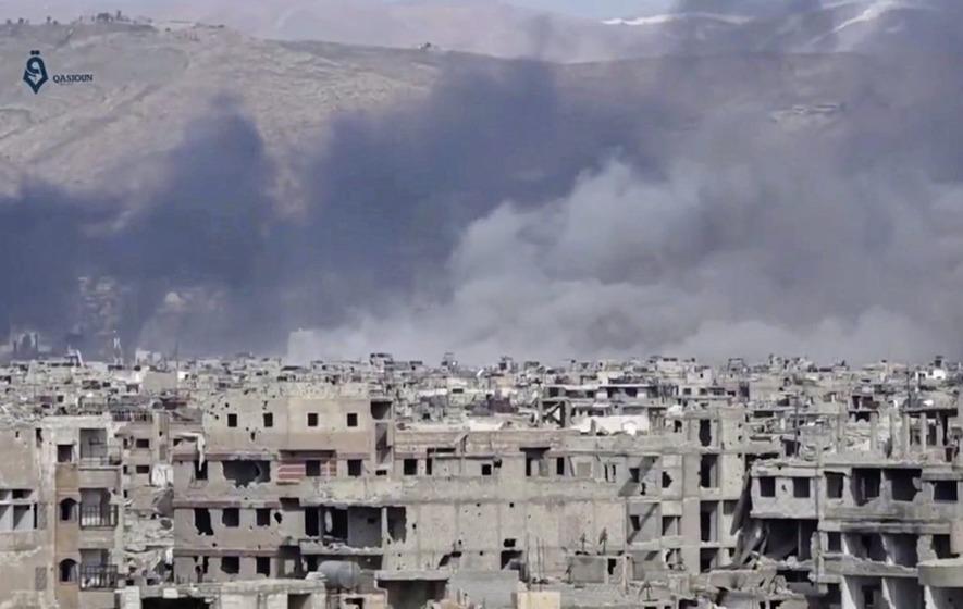 Air strike kills more than 30 near Raqqa