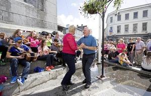 Comhaltas Ceolteoirí Éireann Ceol project makes for an upbeat gathering
