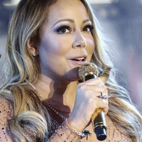 Sleb Safari: Mariah Carey's All I Want For Christmas being made into a film
