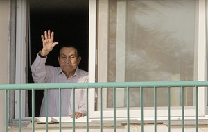 Former Egyptian president Hosni Mubarak has returned home following his release from custody