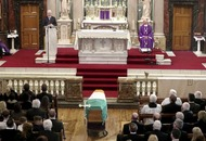 Martin McGuinness: Church explains allowing tricolour at funeral