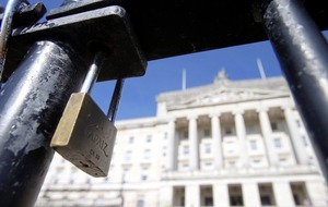 Talks aimed at restoring Stormont powersharing to resume