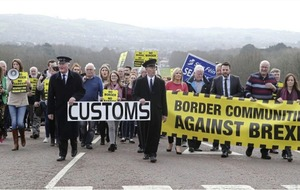 Anti-Brexit campaigners march on Stormont amid concerns of 'hard' Irish border