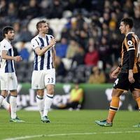 Veteran Northern Ireland defender Gareth McAuley extends stay at West Bromwich Albion
