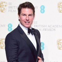Tom Cruise fights 'the ultimate evil' in The Mummy trailer