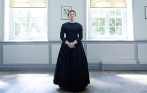 A Quiet Passion paints a richly detailed portrait of poet Emily Dickinson