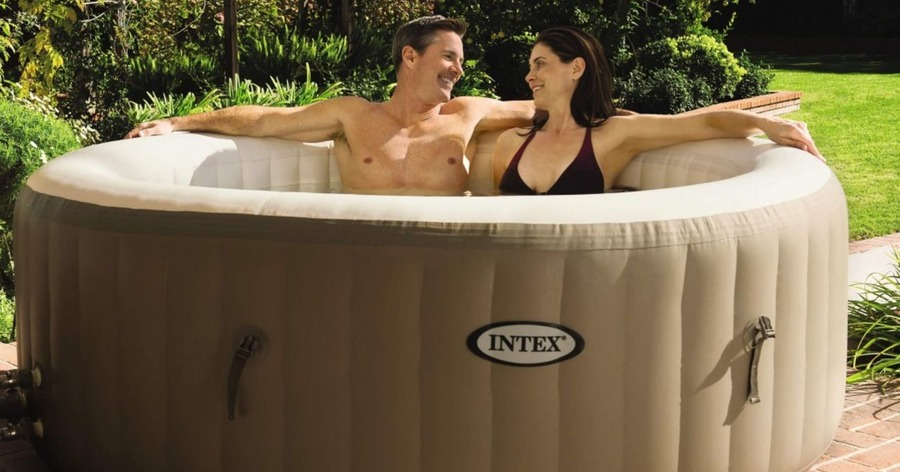Aldi Is Bringing Out A Cheap Hot Tub For Summer And People