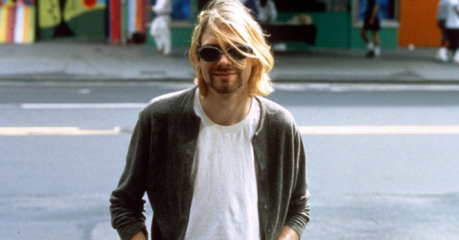 examining kurt cobains personality essay Examining kurt cobain's personality essay - personality theories attempt to  identify the origins of personalty and examine how personality develops  throughout.