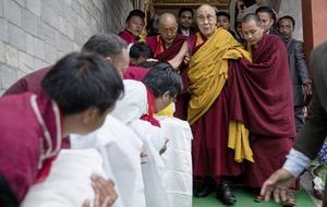 Dalai Lama defies China's warnings to consecrate Buddhist monastery in India
