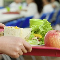 Thousands more children to receive free school meals