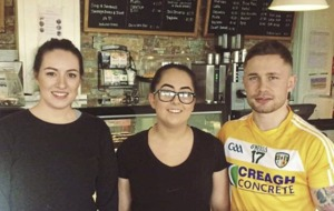 Carl Frampton a big hit with fans when photographed wearing an Antrim GAA jersey
