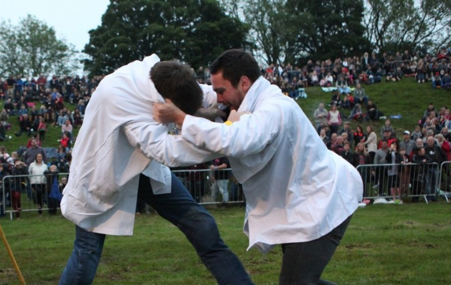 Yes, a shin-kicking contest exists - but it has just been cancelled