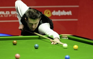 World snooker champion Mark Selby ends day 5-3 ahead of Ding Junhui - all to play for tomorrow