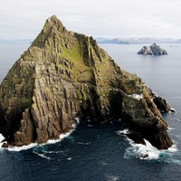 Skellig Michael features prominently in trailer for new Star Wars movie