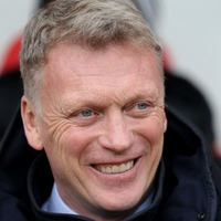 Watch: David Moyes gets into the Easter spirit by giving journalists a chocolate egg on Good Friday