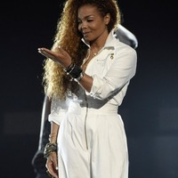 Janet Jackson posts first photo of her baby boy on Twitter