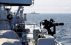 Russian warships pass through the English Channel