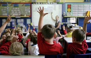 One-third of new teachers see no future in job, union says