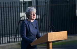 Theresa May calls snap general election