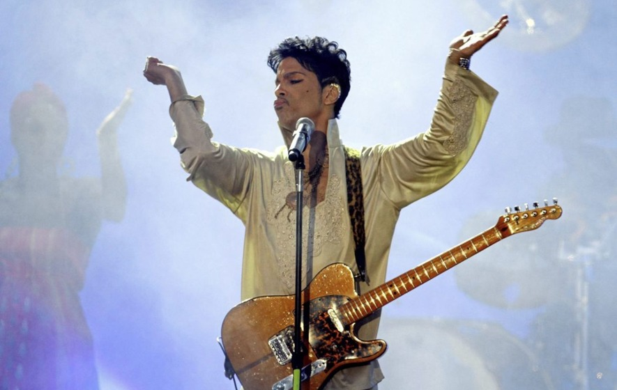Prince's 1980s backing band The Revolution reuniting for tour