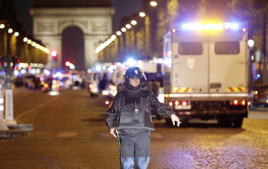 Policeman shot dead and two others wounded in Paris attack