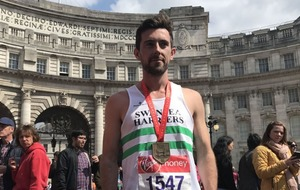 This is what the guy who helped a fellow London Marathon runner over the finish line had to say