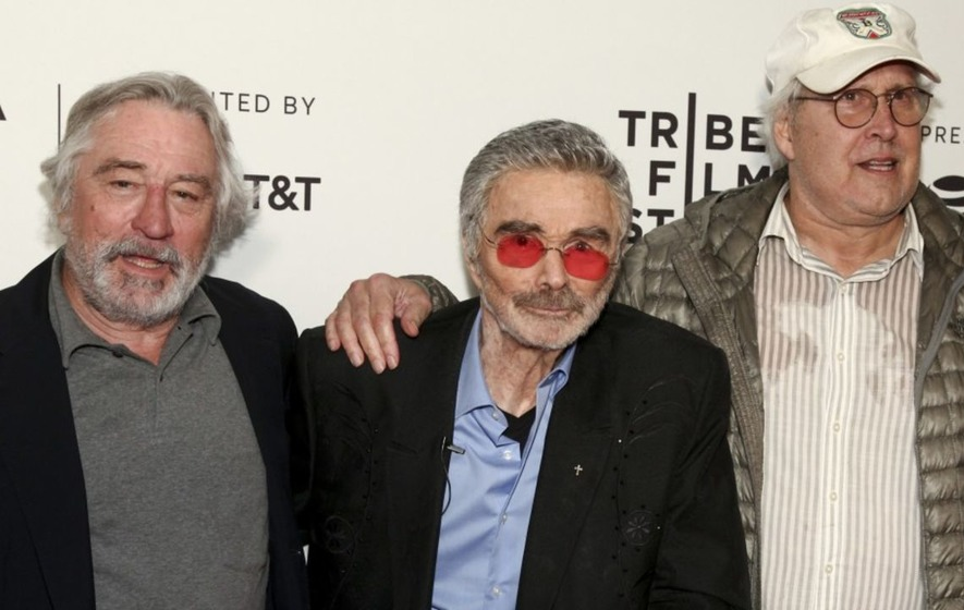 Burt Reynolds moved by turnout in rare red carpet appearance