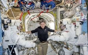 Record-breaking astronaut tells Trump she's ready to go to Mars