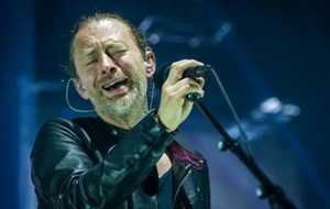 Radiohead urged to cancel Israel gig by stars including Roger Waters and Ken Loach