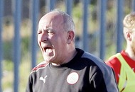 Tommy Breslin will try to take the stress out of Cliftonville players
