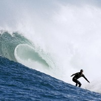Tribute planned for surfer killed by lightning