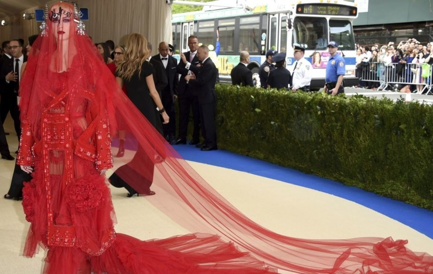 The Katy in red steals Met Gala limelight