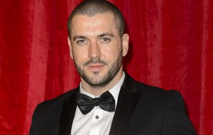 Blow for fans as new father Shayne Ward vows to keep his top on