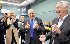 Major gains for Tories in British local council elections