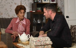 Dot Branning reunited with Charlie Cotton as he returns to EastEnders