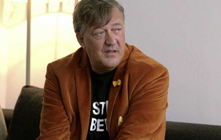 Gardaí no comment on 'blasphemy complaint' against Stephen Fry to Gay Byrne