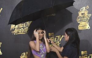 Stars hail the sexless MTV awards - then storm soaks them on the red carpet