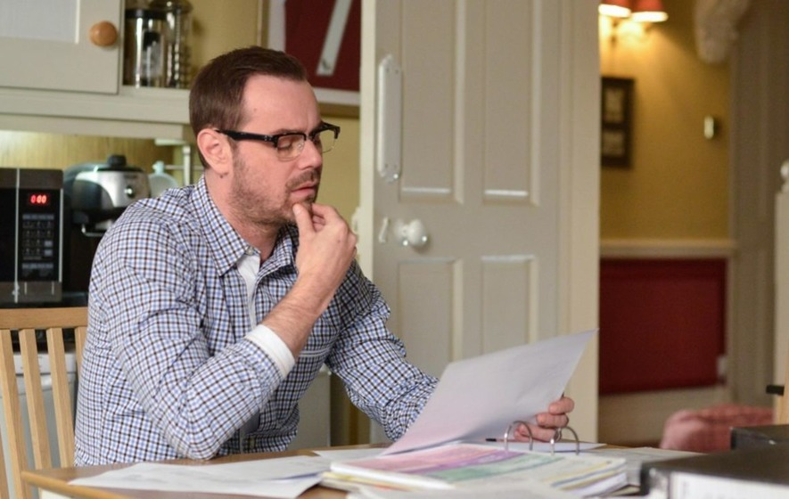 Danny Dyer's back - Mick Carter faces surprises on Queen Vic return