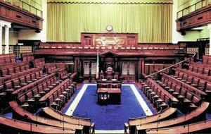 Six TDs hold protest amid Dáil prayer row