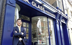 Virtual r'eye'lity changing the focus at RA Glass Opticians