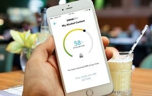 There's now an app to stop you overspending when drunk