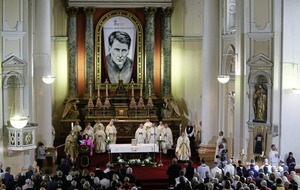 Catholic priest who was raised a Protestant beatified in Dublin