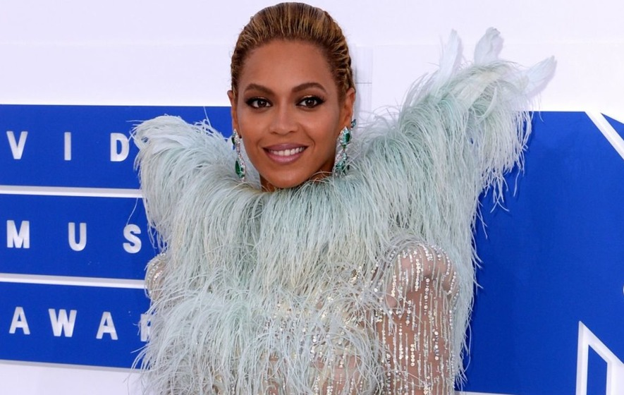 Beyonce and sister Solange will compete for top BET Awards
