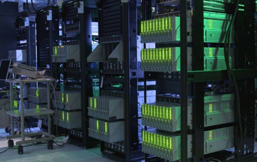Meet 'The Machine', HPE's ground-breaking prototype computer with 160TB of memory