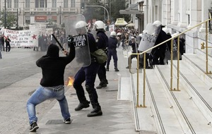 Anti-austerity rally turns violent as general strike brings Greece to standstill