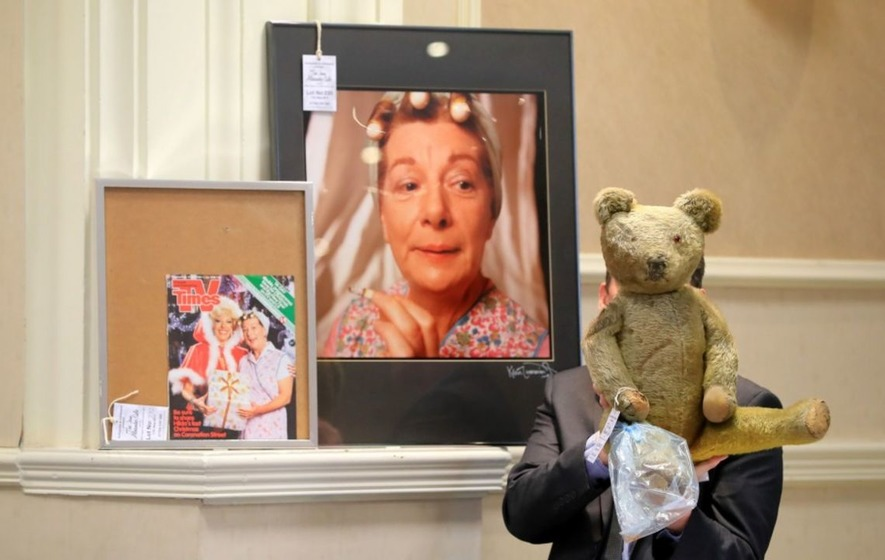 Coronation Street star Hilda Ogden's curlers, headscarf and pinny sell for £4,200 at auction